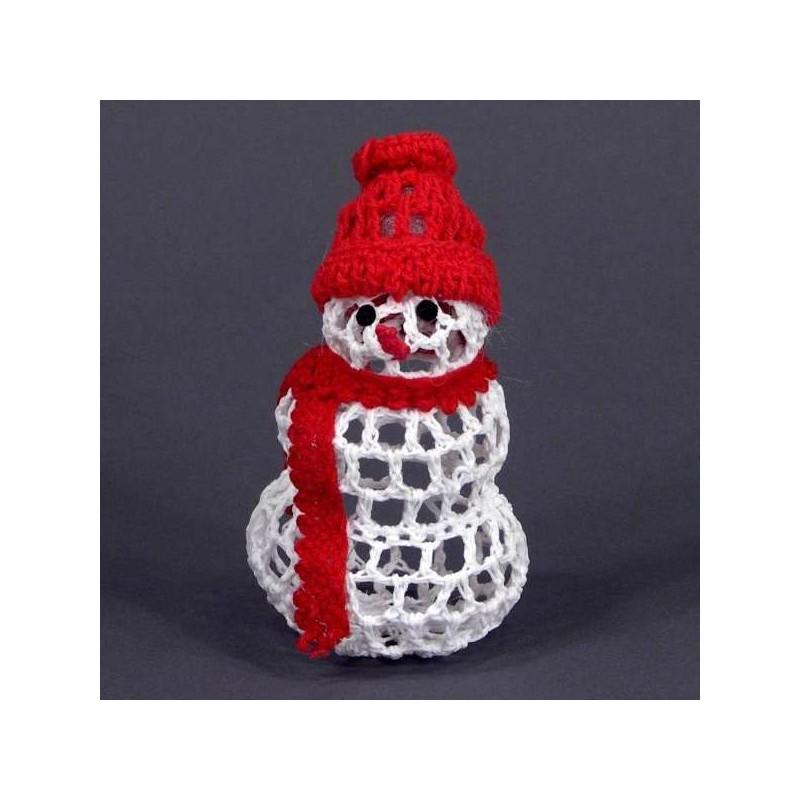 Háčkovaný snehuliačik - ozdoba na vianočný stromček