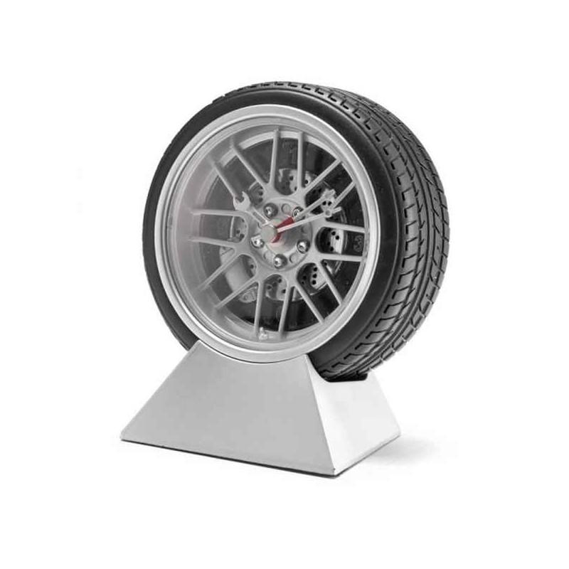 Hodiny pre vodičov pneumatika